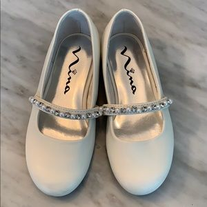 Girls size 11 and 1/2 white dress shoes.